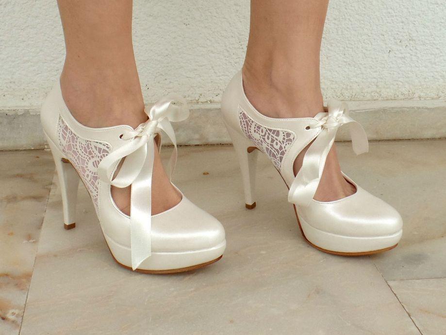 dantelli fiyonlu gelin ayakkabi modelleri