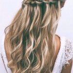örgülü uzun saç modelleri