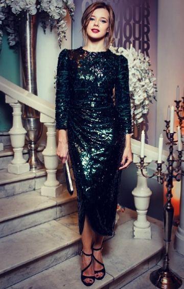 uzun payetli yılbaşı elbisesi