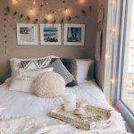 pencere kenari yatak dekore etme