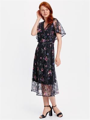 cicekli elbise modeli