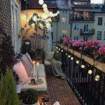 dar ve uzun koridor balkon dekorasyonu