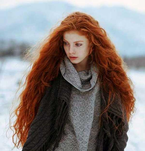 bakır kızıl uzun saç modelleri