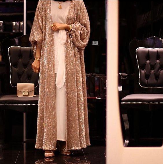 pariltili tesettur elbise modeli