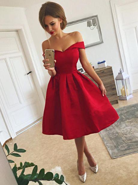 yılbaşı elbise modelleri 2019