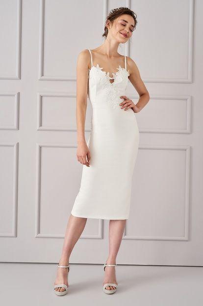 beyaz sade nikah elbise modelleri