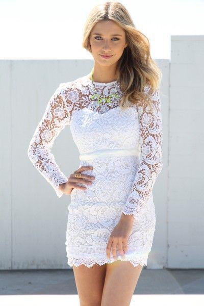 dantelli kısa beyaz elbise