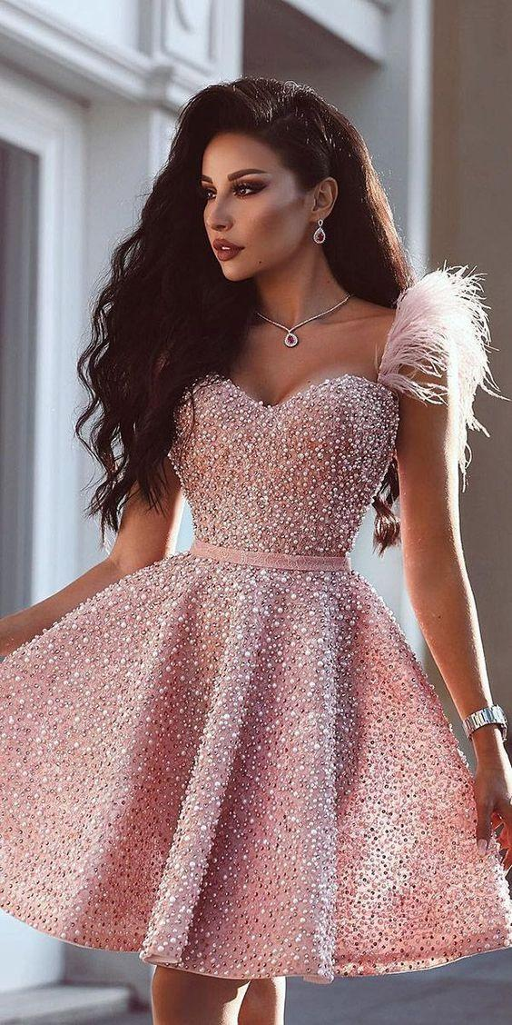 kisa mezuniyet elbise modelleri 2019