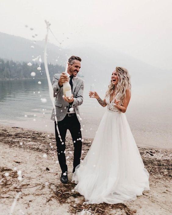 sade düğün beyaz elbise