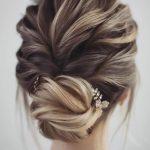 2019 düğün saç modelleri