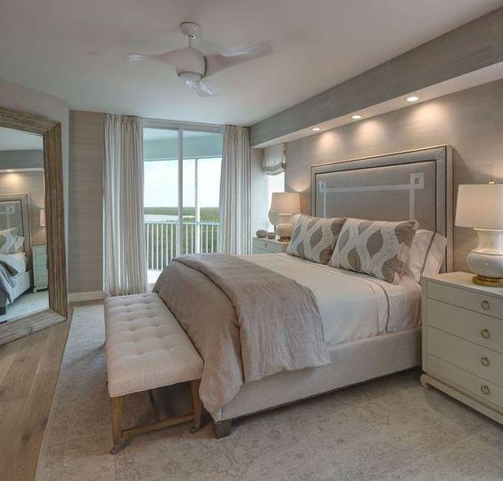 açık renk yatak odası dekorasyonu