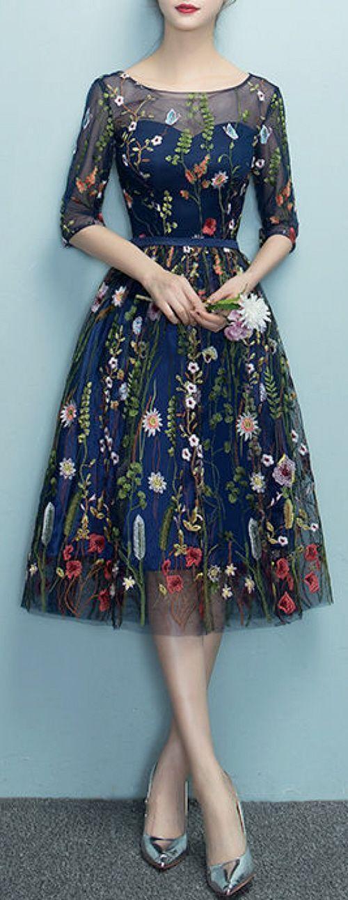 çiçekli elbise modeli