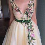 üç boyutlu abiye elbise modeli