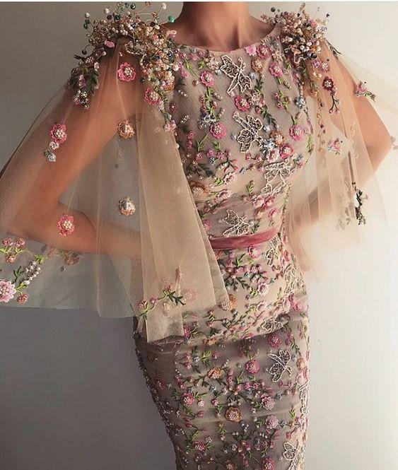 üç boyutlu balık elbise modeli