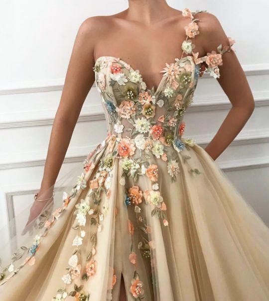 kalp yaka abiye elbise modeli