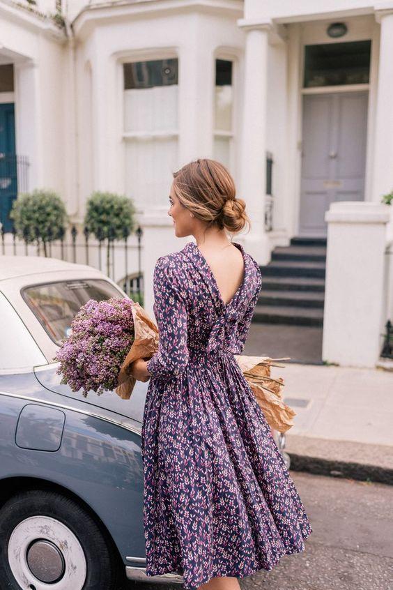 mini çiçekli elbise modelleri
