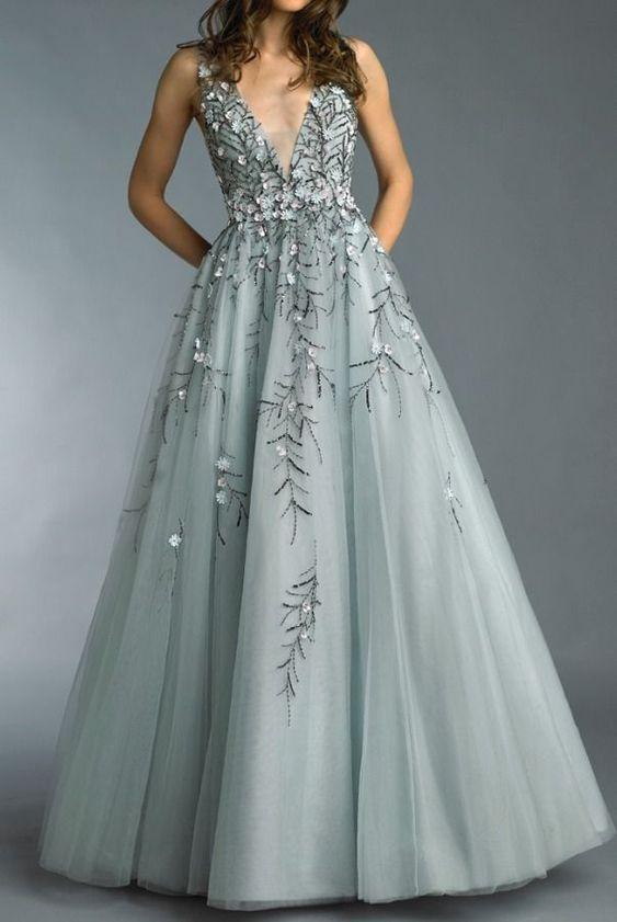 v yaka abiye elbise modeli