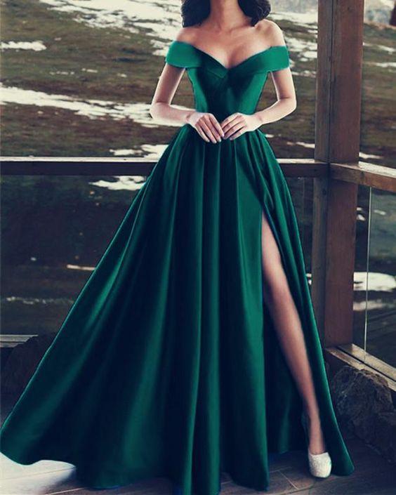 yırtmaçlı abiye model elbise