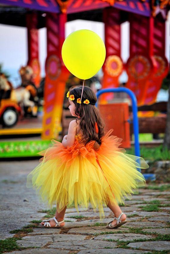 Güneş Renkl Elbise Modeli