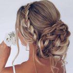 düğün topuzu saç modeli