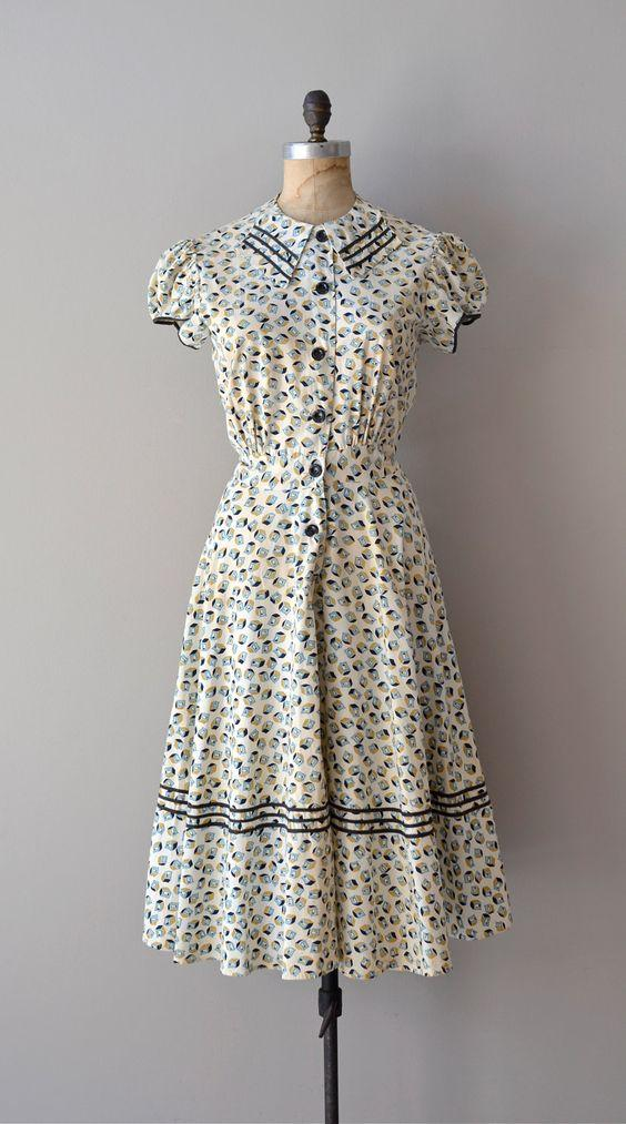 düğmeli elbise modelleri