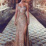 yırtmaçlı uzun abiye elbise modelleri