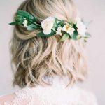 çiçekli gelin saç modelleri