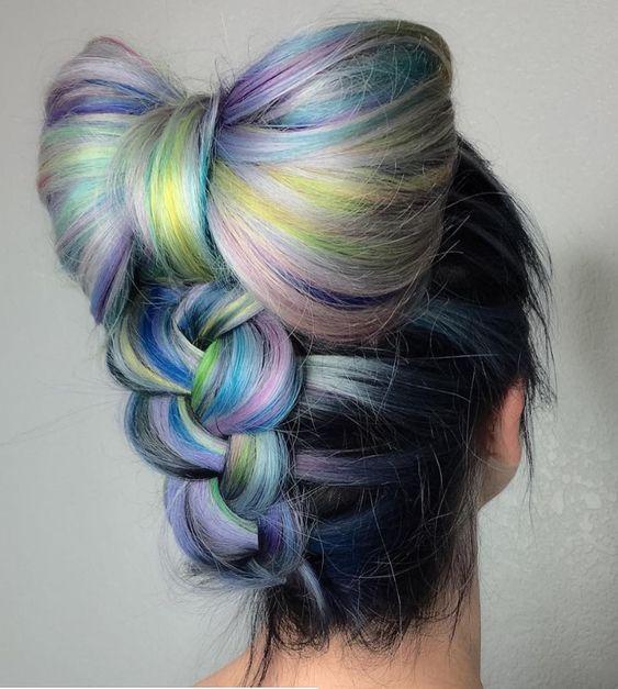 renkli fiyonk saç modeli