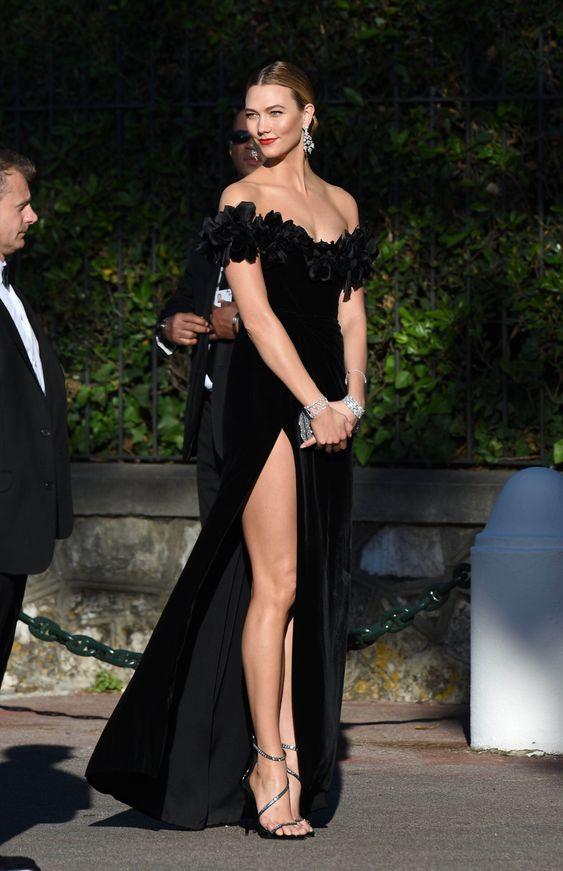 yırtmaçlı siyah uzun abiye modelleri