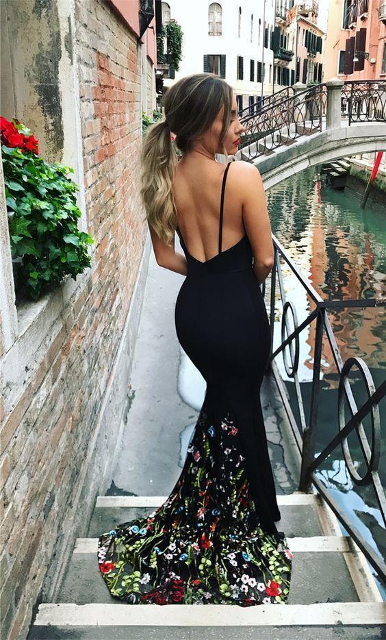 zayıf gösteren abiye elbise