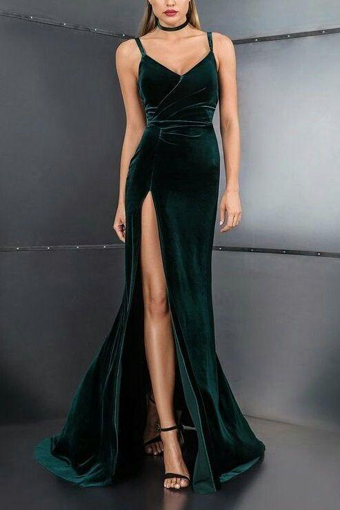 dekolteli kadife abiye elbise modeli