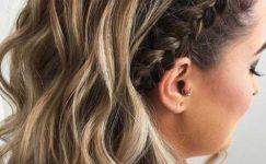 Yandan Örgülü Saç Modelleri