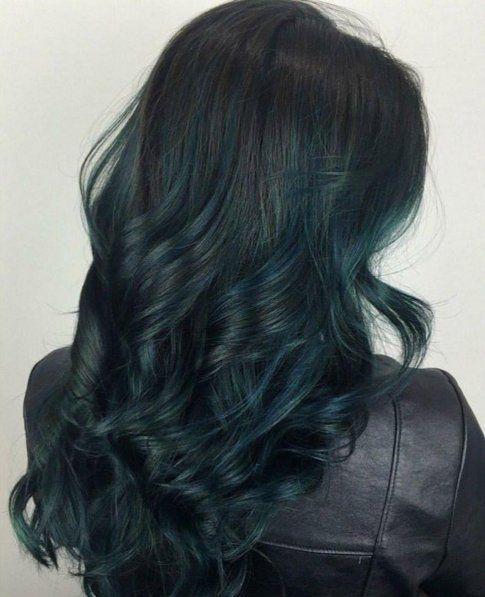 siyah yeşil saç rengi