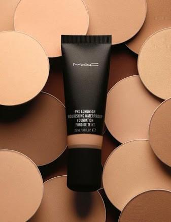 M.A.C. Suya Dayanıklı Fondöten Pro Longwear Nourishing Waterproof oily skin