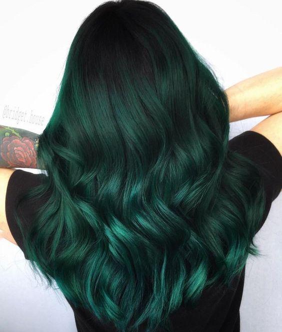 yeşil röfleli saç