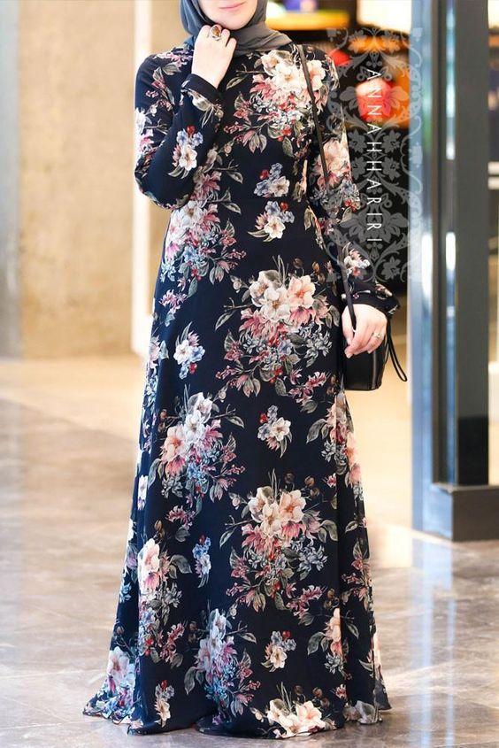 tesettür çiçekli siyah elbise