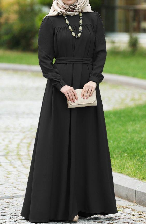 tesettür siyah elbise kombinleri