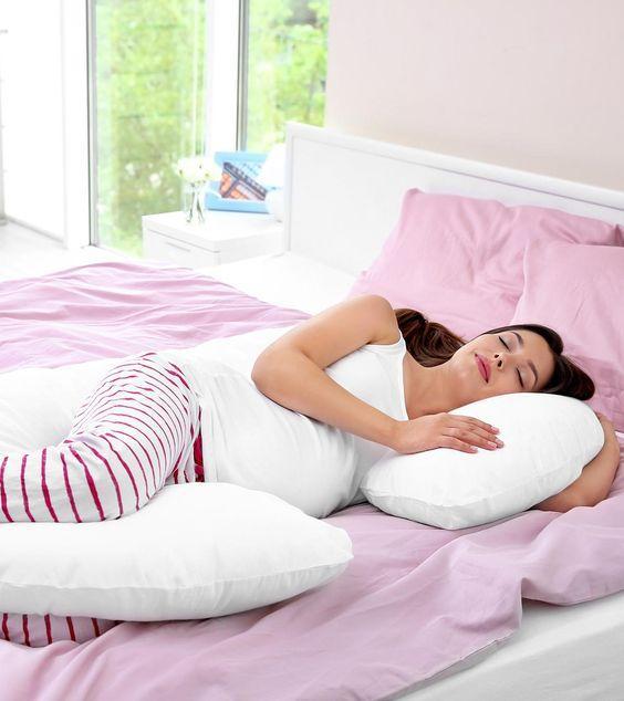 gebelikte uyku pozisyonları
