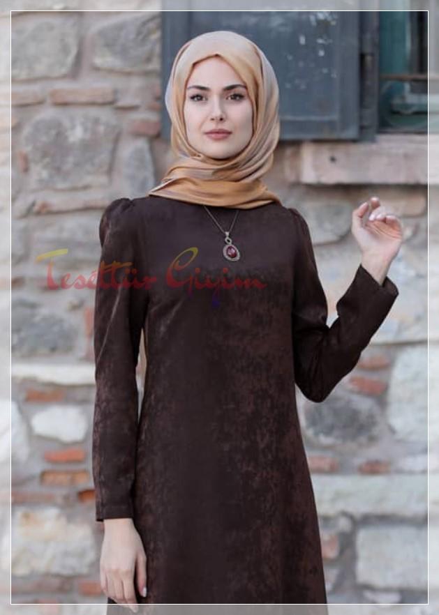 kahverengi kadife tesettür elbise