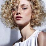 sarı kıvırcık saç modelleri