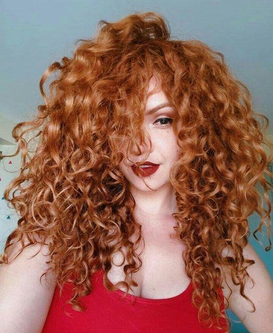 bakımlı kıvırcık saç modelleri