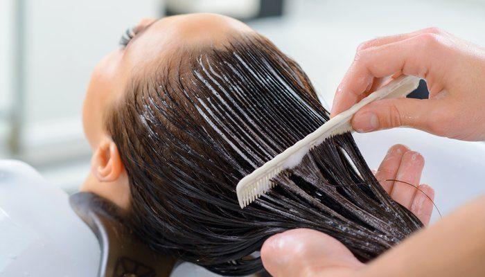 Saç Boyası Nasıl Akar?