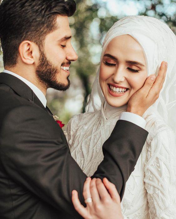 tesettürlü kadınlar için düğün makyajı