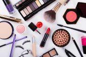 Kadınların Makyaj Çantasında Olmazsa Olmazları Nelerdir?