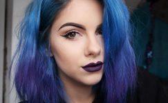 Mavi Saç Rengi İle Tüm Dikkatleri Üzerinize Çekin